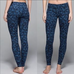 Lululemon Wunder Under Mystic Jungle Blue 6